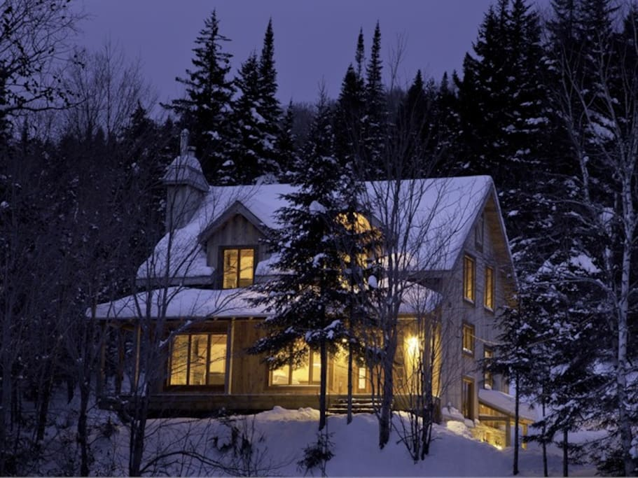 House - Winter view
