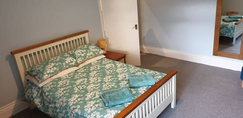 Large double room in a great location.