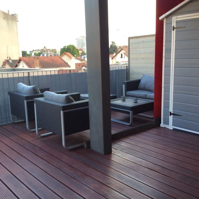 Duplex avec terrasses proche paris appartements en for Appartement atypique romainville