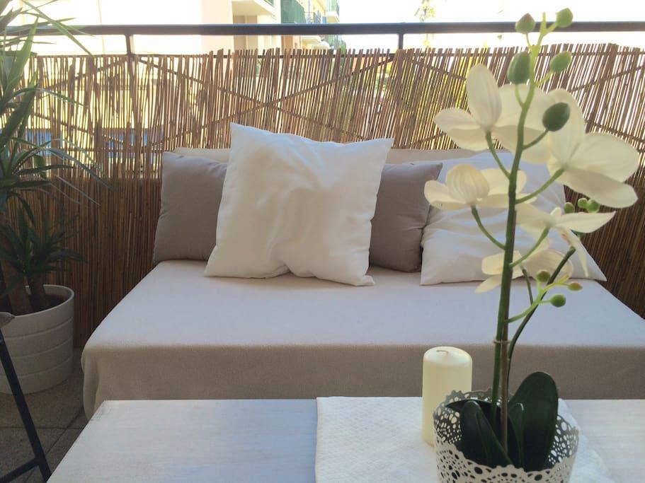 Très belle terrasse de 10 m2, aménagée pour votre confort