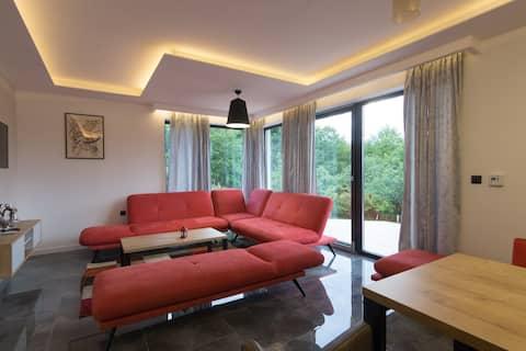 Deluxe Belvedere Apartments - Nature