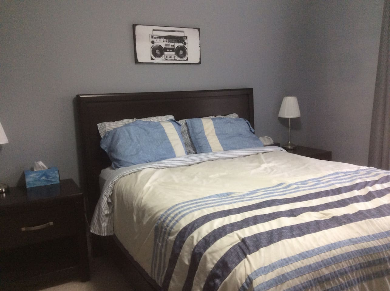 The Picton Room - Comfortable Queen Size Bed