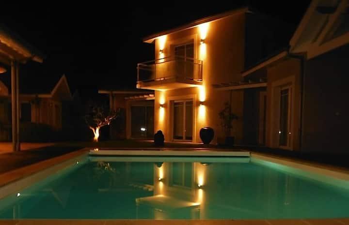 Villa Marie-Suzon - Chambres privée Pinasse