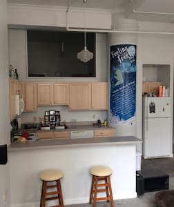 Center of downtown! Entire 1 BR Apt