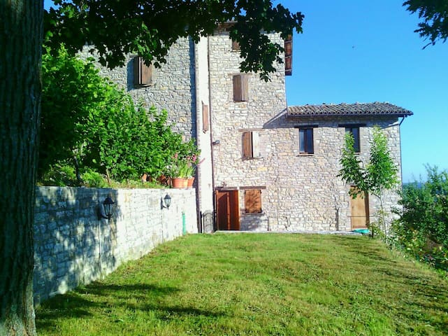 Twin + 2DB in peaceful cottage - Valle E Castello