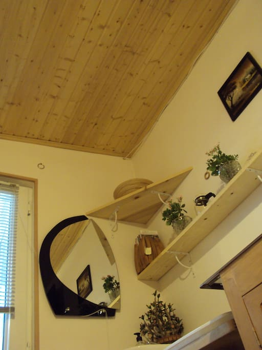 Wooden ceiling creates natural comfort