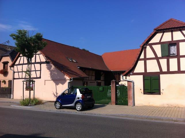 Corps de ferme en Alsace - Kunheim - Huis