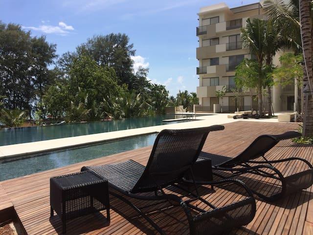 Batu Ferringhi Suite _Direct Beach