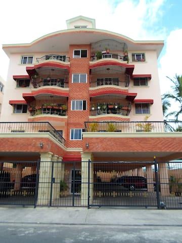 Large new apartment SD Este (1) - Santo Domingo Este - Departamento