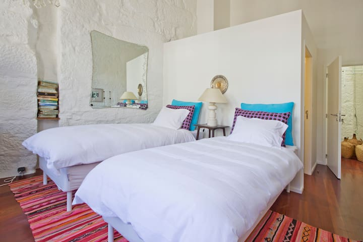 Vintage Deluxe Suite in Oporto Downtown - Porto - Bed & Breakfast