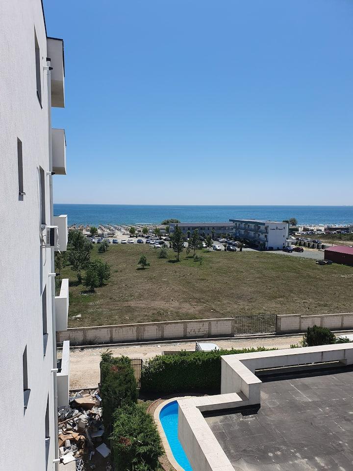 Apartament in Mamaia Nord cu vedere la mare