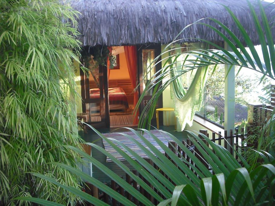 Birdnest entrance with private Tiki Hut gazebo