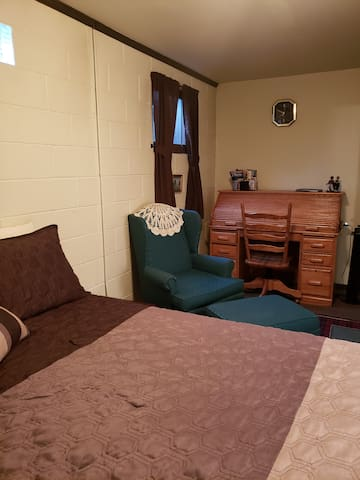 Bed Room #1 King Themperdic Bed