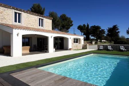 Splendide maison en pierre proche de Carcassonne - Ventenac-Cabardès - Casa
