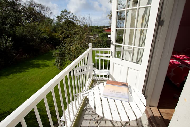 Room with balcony near North Sea - Vestervig - Bed & Breakfast