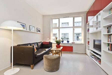 Great flat close to central station