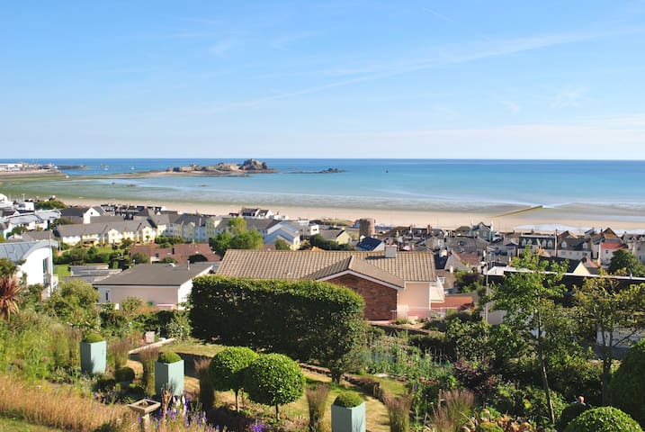 Panoramic sea views  - Saint Helier - Casa