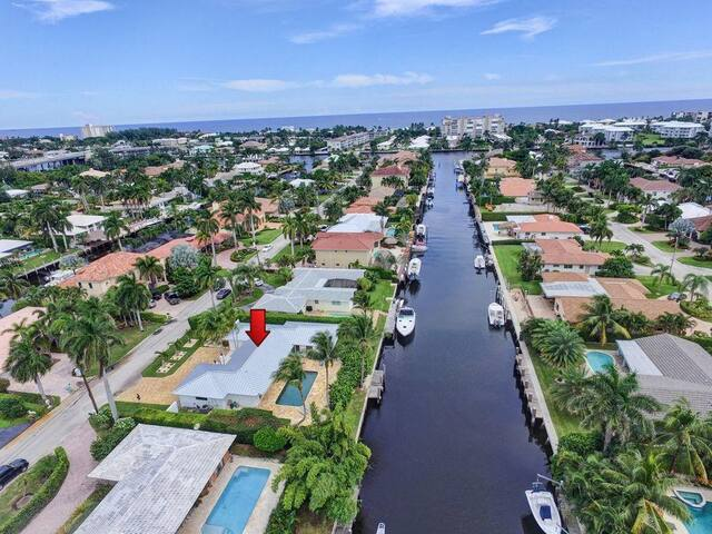 Just listed!! Delray Beach Tropic Paradise w/Pool!