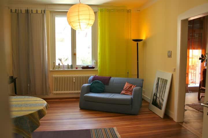 1 Zimmer in Altbau-Wohnung