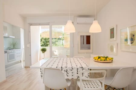 Sunscape apartment 2- Modern & cozy - Split