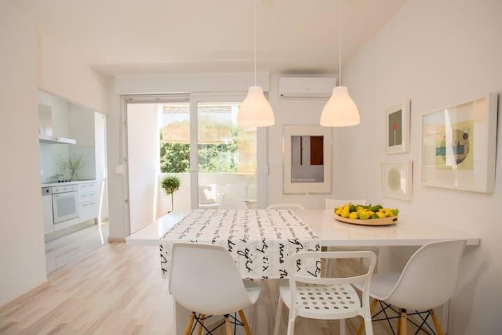 Sunscape apartment 2- Modern & cozy