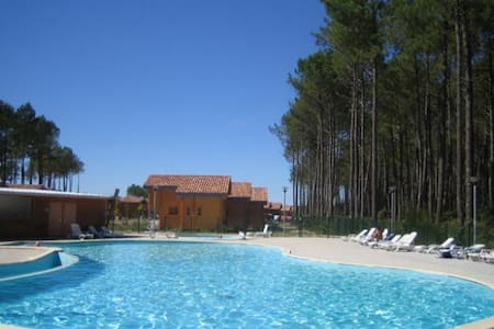 Chalet au Domaine des Pins d'Or - Bias - Chalet