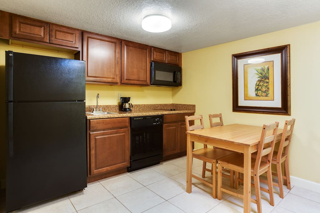Full Kitchen with all cookware and utensils included.