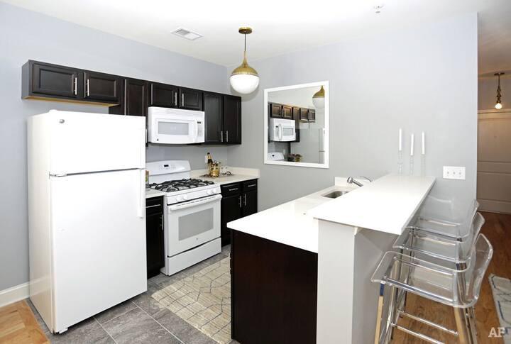 Jersey City, NJ  Entire apartment- Studio