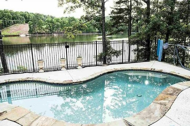 Lake Wedowee Paradise, Lake front & Private pool!