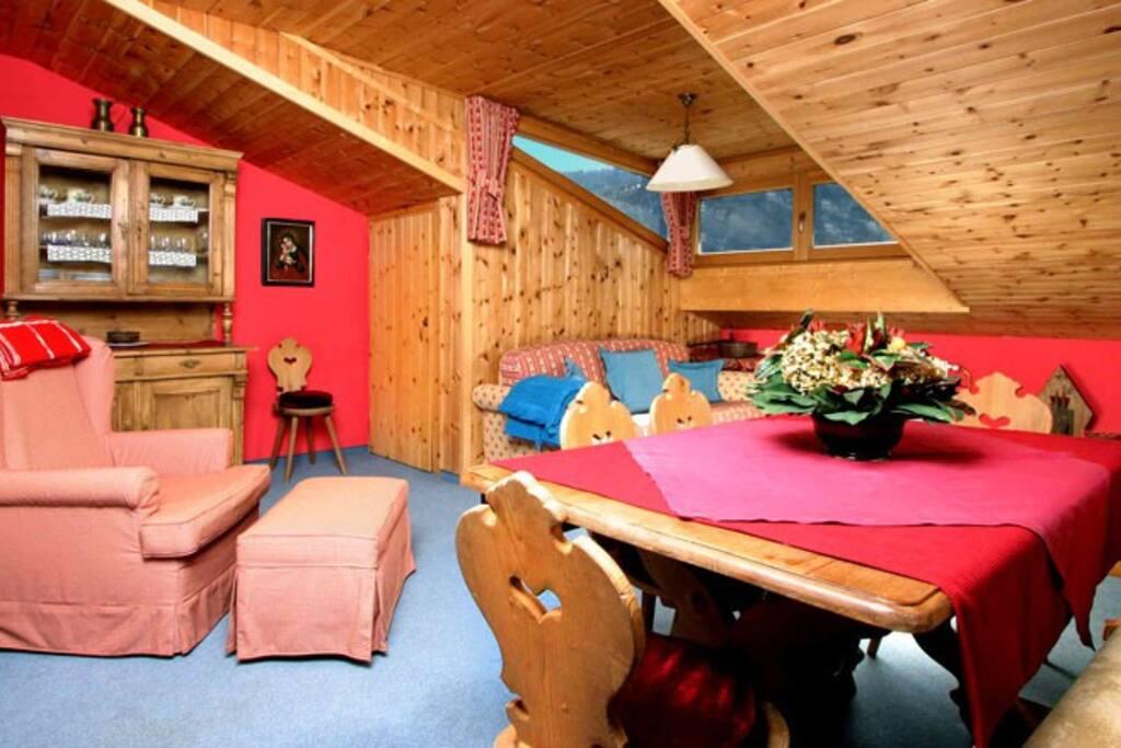 Val gardena ortisei st ulrich 5 appartamenti in for Appartamenti in affitto arredati a bolzano