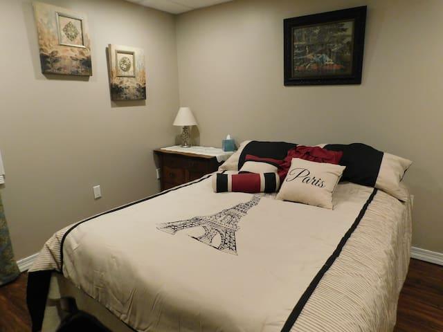 Queen bedroom area