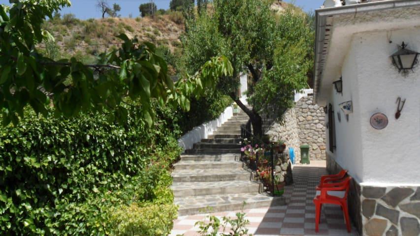 La Casa de Raquel en el Parque Natural de Quentar. - Quéntar - House