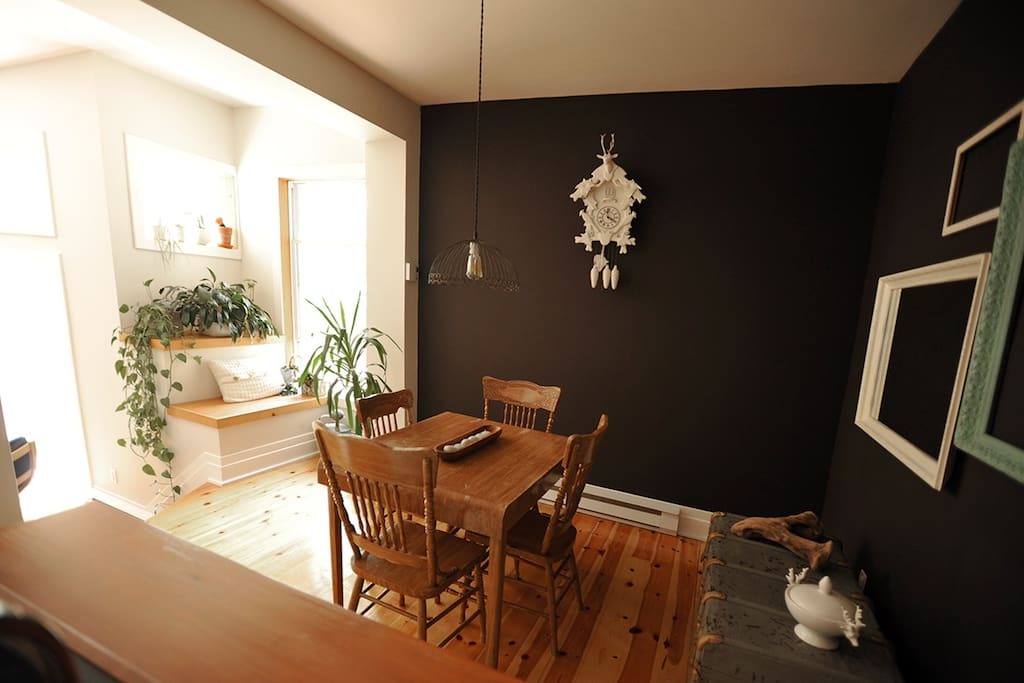 Logement avec cour dans rosemont apartments for rent in for Don de meuble montreal