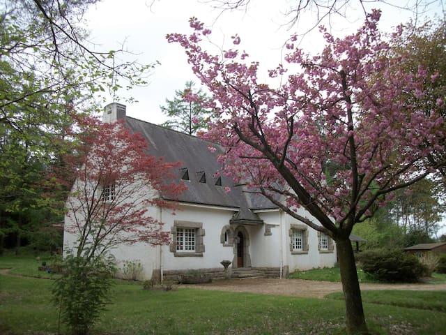 Maison type Bretonne familiale - Trédion - Ház