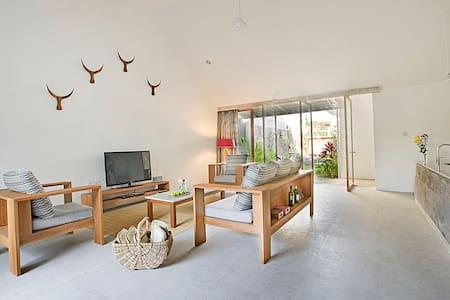 Modern & minimalist 3BDR villa I.