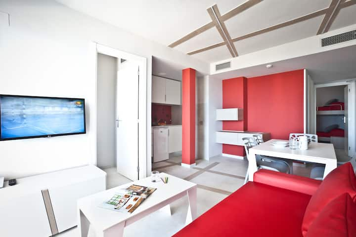 Apartment for 4 guests, 2 separate bedrooms, kitchen and sofabed, free Wifi, in Playa den Bossa - Ryans Ibiza Apartments - Adults Only