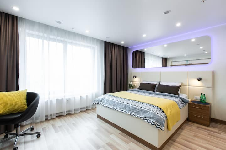 Largest YES Apartment & Free Parking