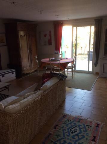 Villa entre ville et nature - Saint-Jean-de-Védas - Villa