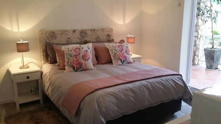 Protea Room @ Alikreukel Guest House Stilbaai