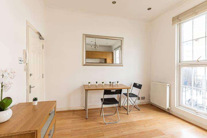 Studio Flat close to Baker Street