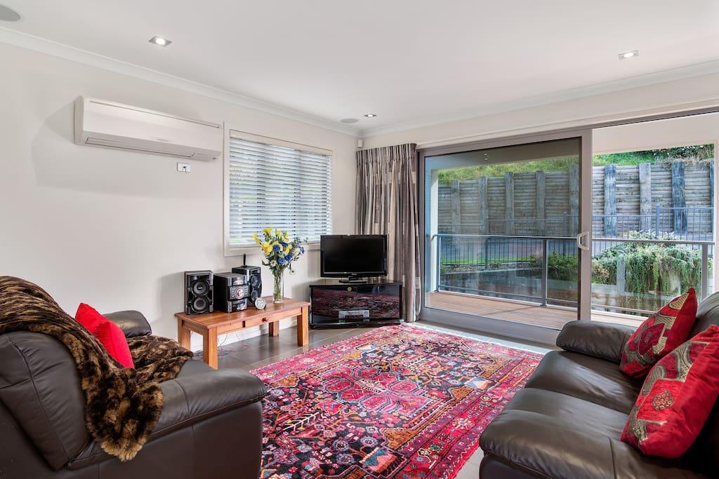 Ruapehu Rooms's private lounge