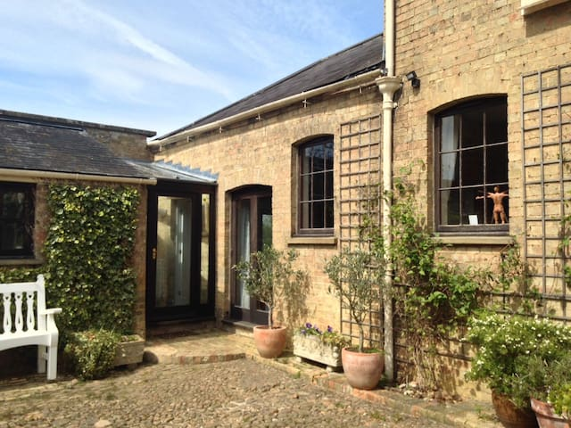 Beautiful spacious Country Coach House - Cambridgeshire - Haus
