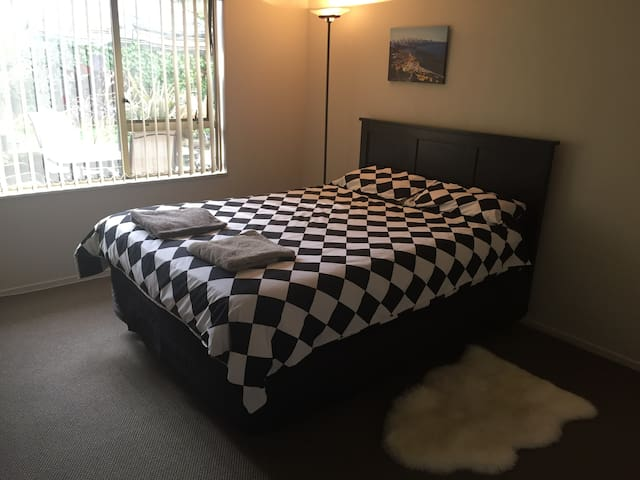 Cozy double room near Airport