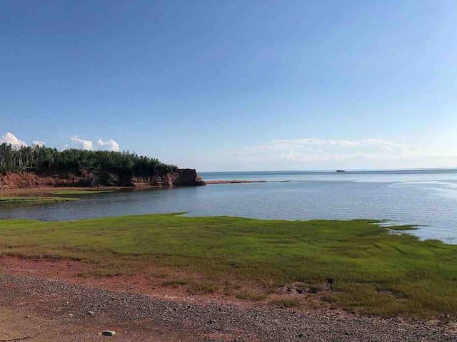 Waterfront Minas Basin Guest Suite