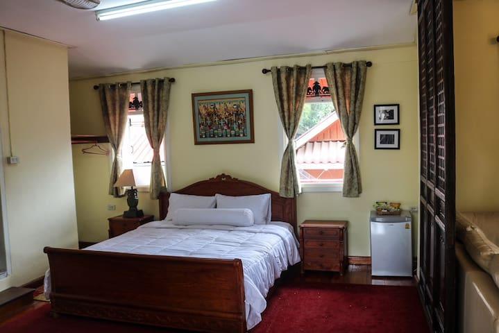 Spacious private Suite in Luang Prabang