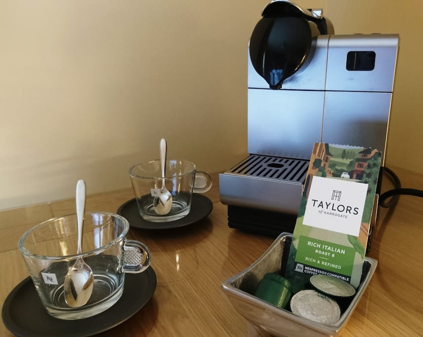 Enjoy an expresso coffee in your room