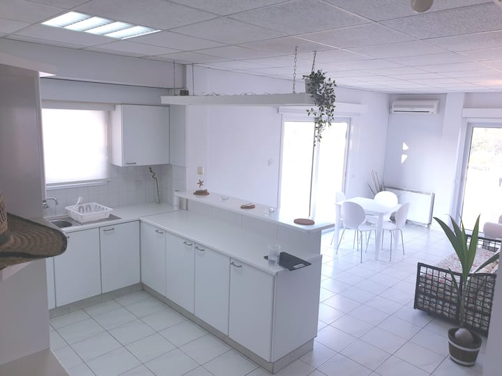 Deluxe Penthouse (Panoramic View of Centre)