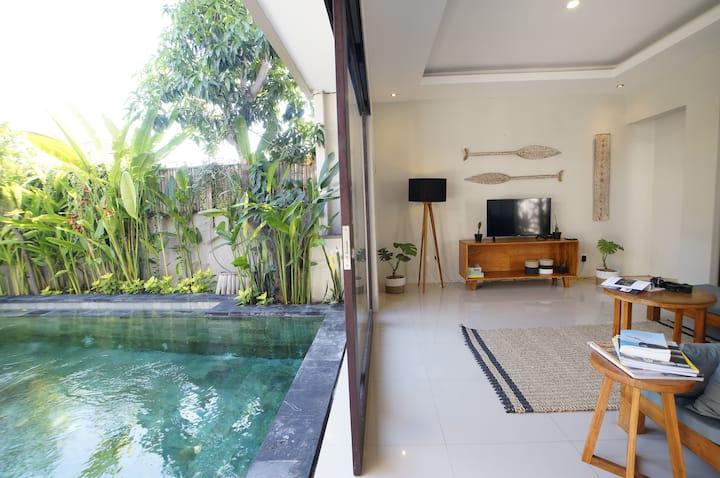 TROPICAL GETAWAY ✔ 2BR Private pool w/ rooftop