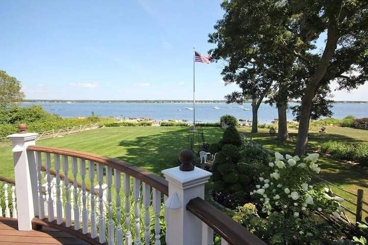Marion private beachfront 4 bed bright & spacious!