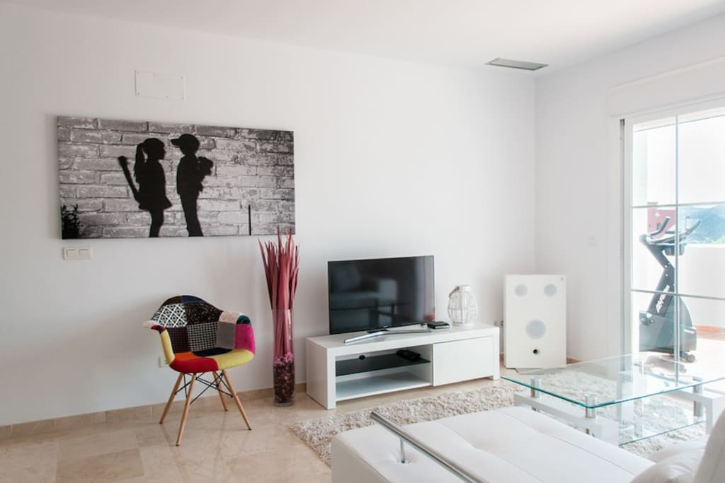 Lounge area with air conditioning